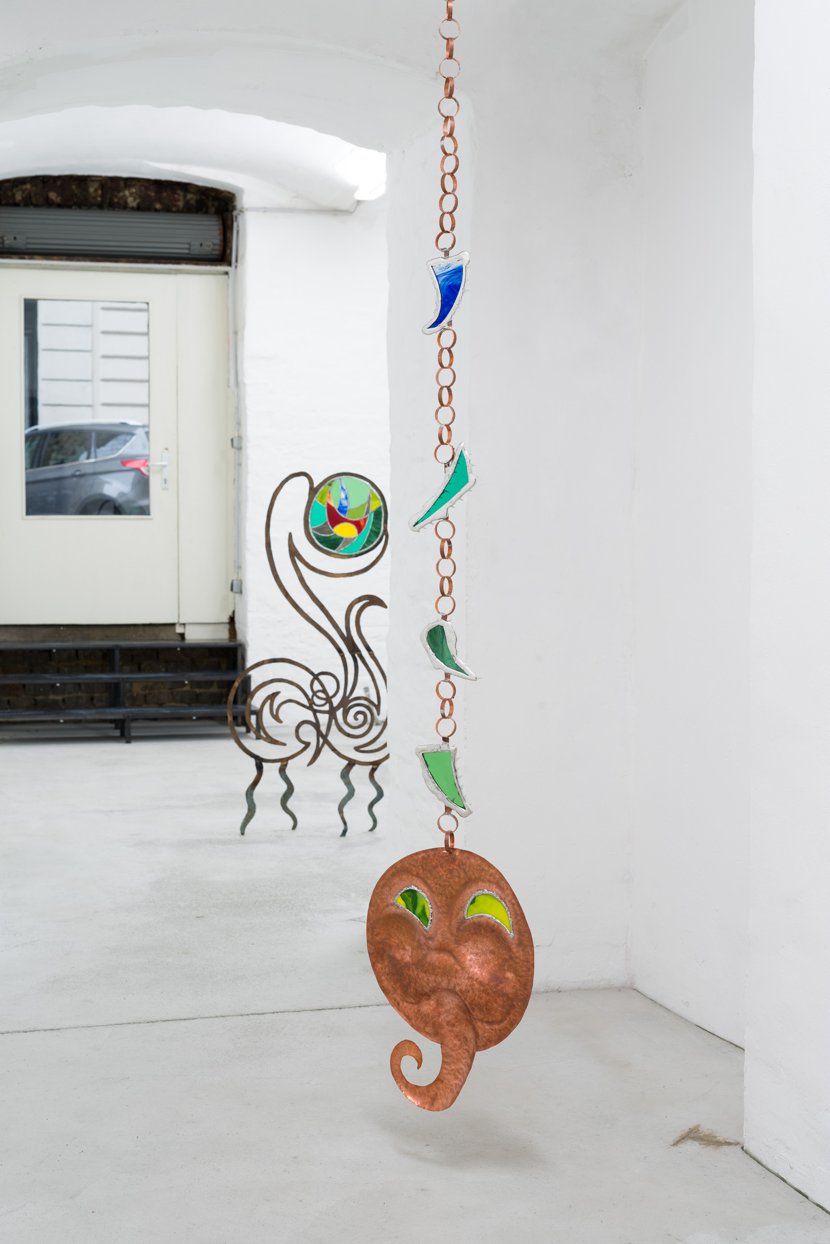 Emelie Sandström, Some of them have the face of dogs, 2018, Copper, glass, pewter
